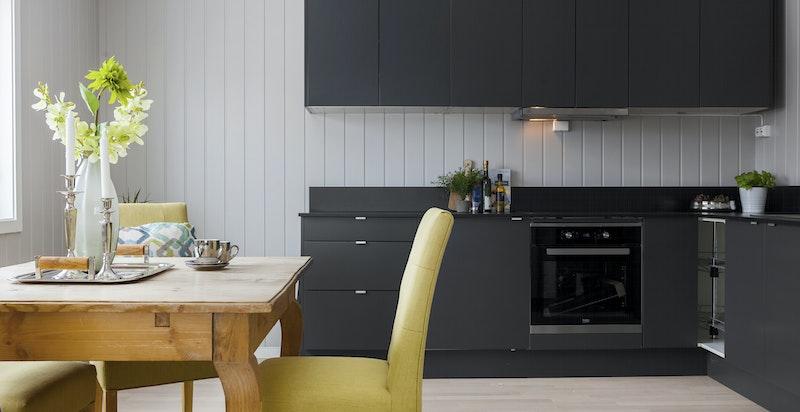 Integrert koketopp, komfyr og oppvaskmaskin