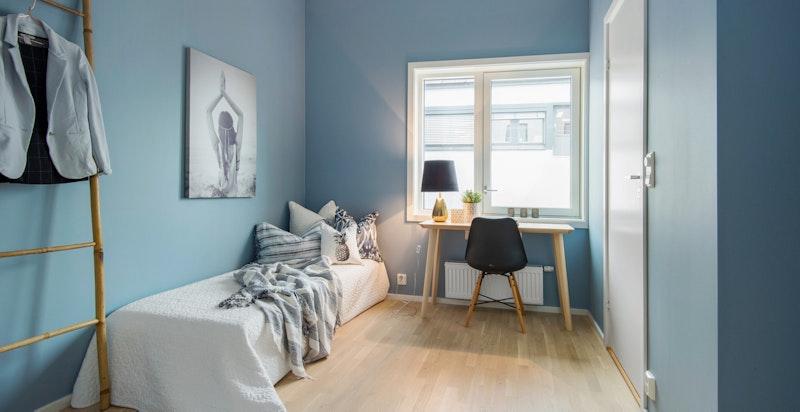 Bilde fra leilighet B3011 - romslig soverom med tilknytning til eget bad