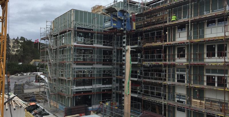 Bilde fra byggeplassen mars 2017. Byggingen er godt i gang!