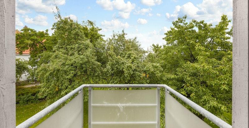 Balkong med utgang fra et av soverommene i 3. etg