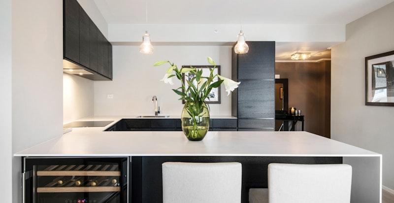 Kjøkkenøy med corian benkeplate