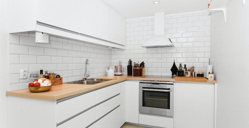 Underetasje praktikantdel: Kjøkken