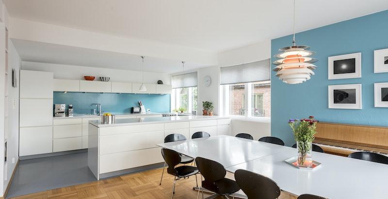 Kjøkken med åpen løsning
