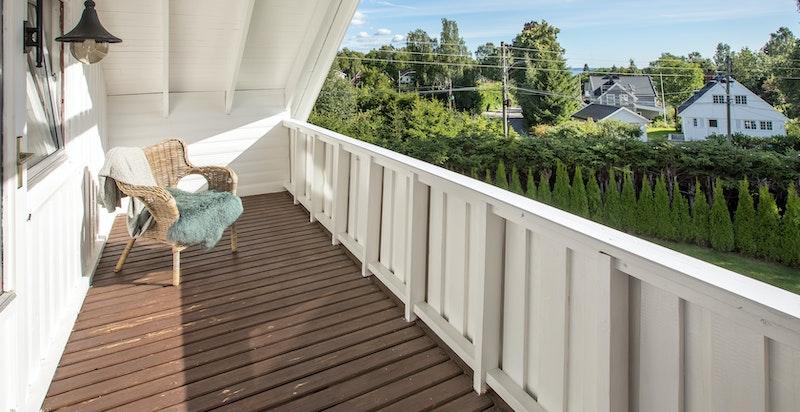 Overbygget veranda ca. 10 kvm.