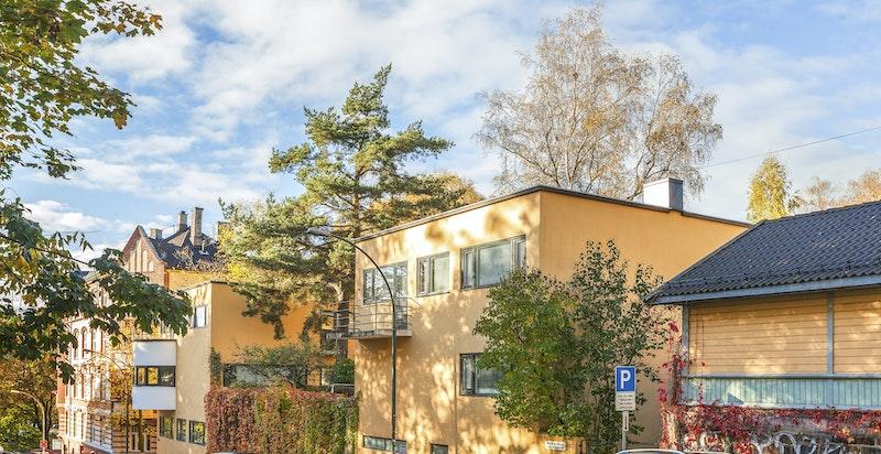Komplekset i Professor Dahls gate 31-33 betår av leiligheter og townhouser
