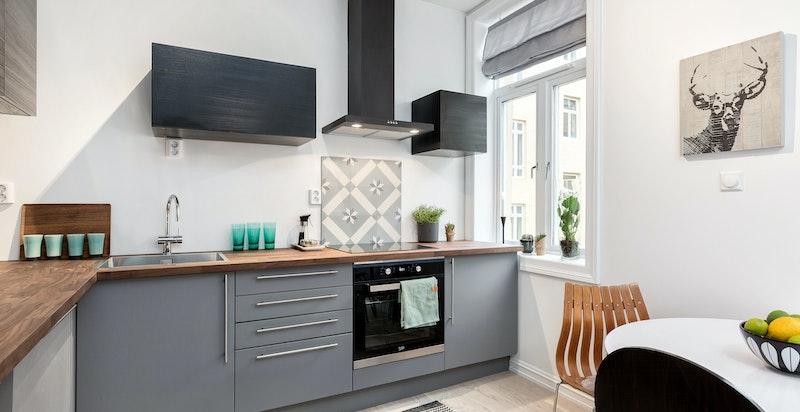 Moderne og tidsriktig kjøkken.