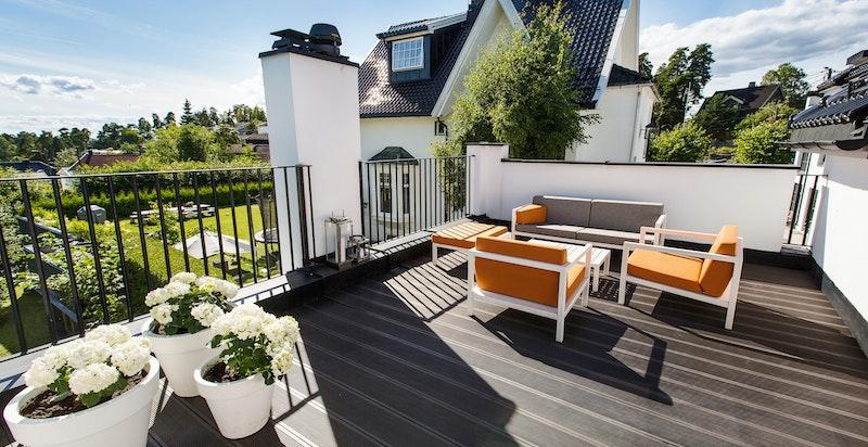 Svært gode solforhold på takterrassen