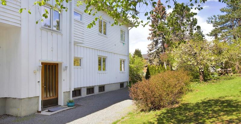 Flott selveierleilighet - det er kun 4 leiligheter i villaen
