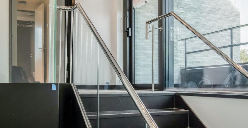 Trappegang til loftstue og takterrasse
