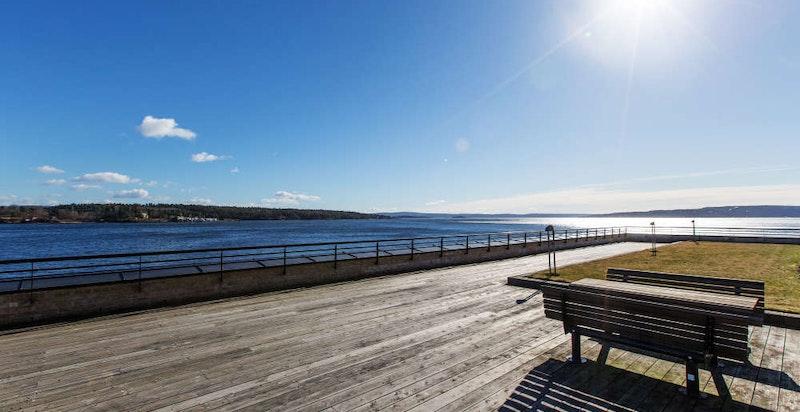 Bo maritimt på Lysaker med sjøen som nabo