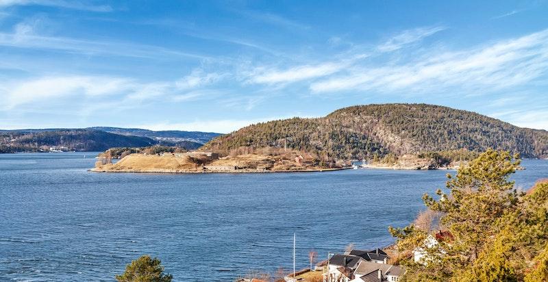 Drøbakssundet med Håøya, Oscarsborg og Vestfjorden
