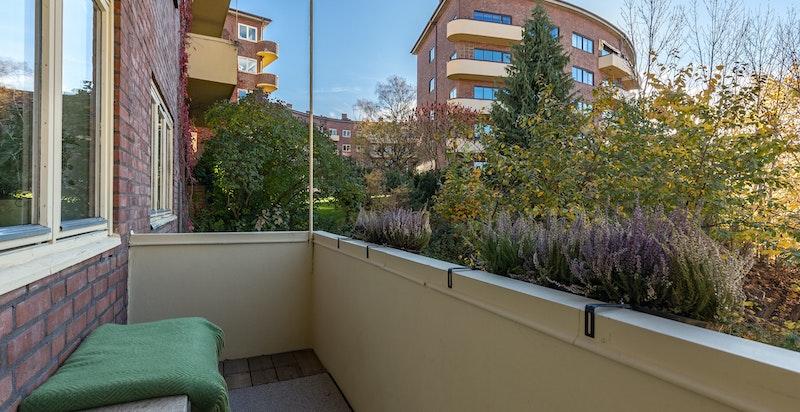 Sørvestvendt balkong med gode solforhold