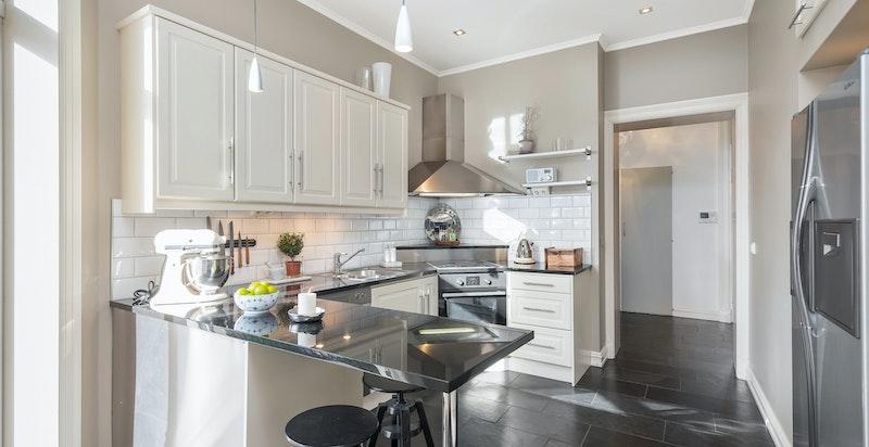 Kjøkken - benkeplater i polert granitt