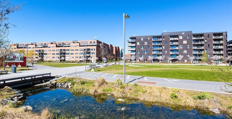 For mer informasjon om utviklingen av området Ensjø og Hovin anbefales det å ta en kikk på www.ensjobyen.no og www.ensjø3d.no