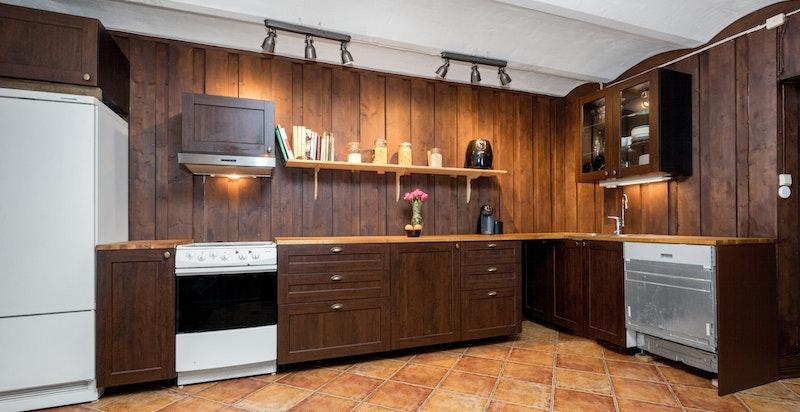 -Kjøkken i underetasjen-