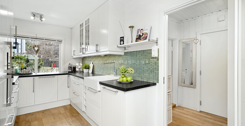 Tidsriktig kjøkken med integrerte hvitevarer fra 2010