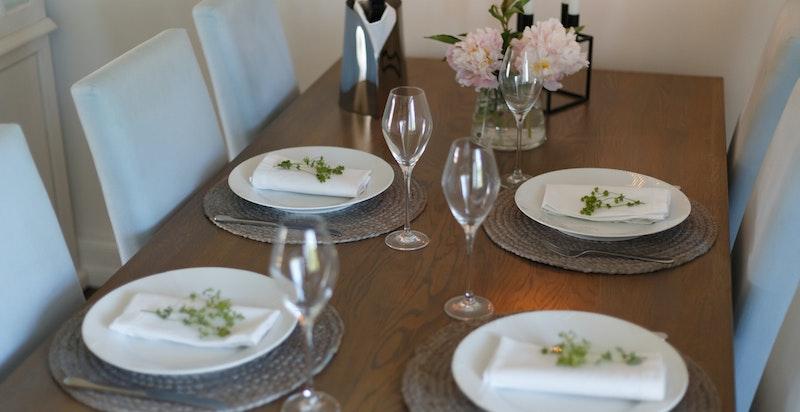 Her kan du ønske dine venner og kjente velkommen til et herlig måltid.