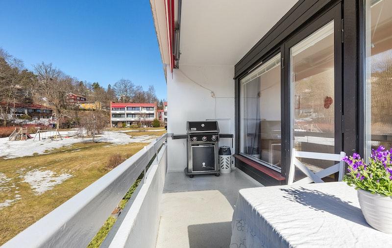 Solrik balkong på 8 m²