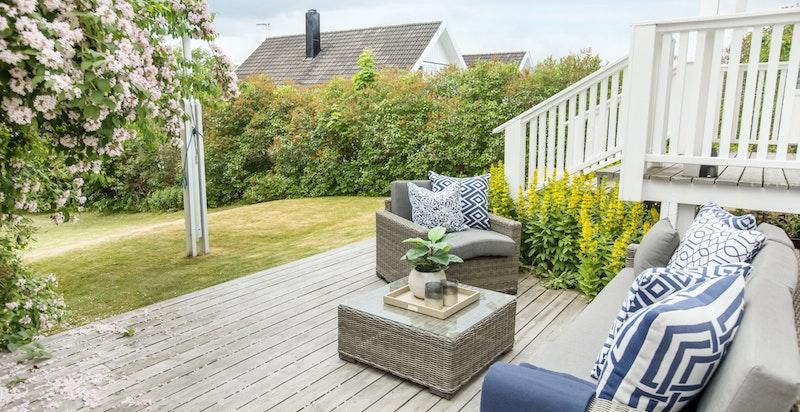 Stor terrasseplatting