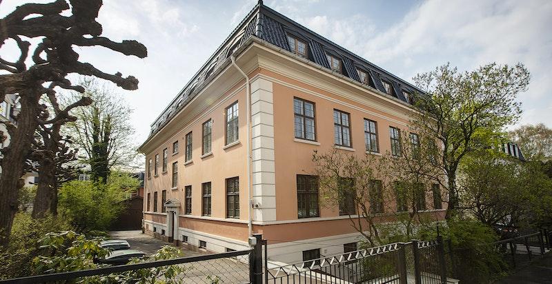 Representativ fasade