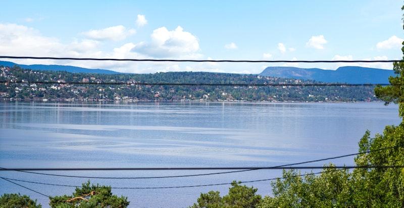 Utsikt fra terrassen mot Bunnefjorden