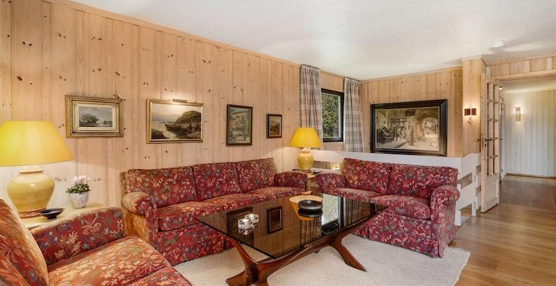 Stue med god plass til flere salonger