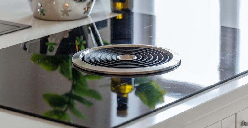 Bora koketopp med integrert ventilator