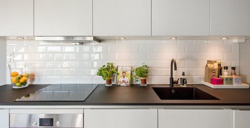Nytt kjøkken med innredning fra Kvik