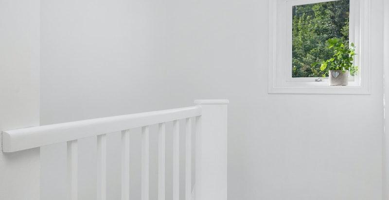 2. etg. - trappegang med vindu