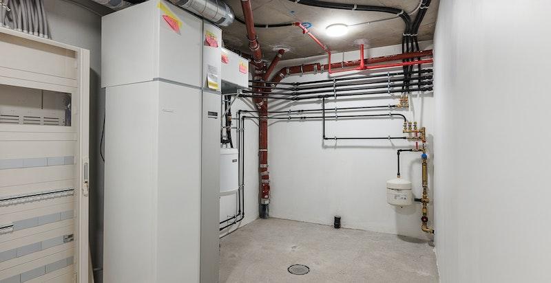 Teknisk rom - Dette rommet inneholder bereder for det vannbårne varmeanlegget, sikringsskap m.m.