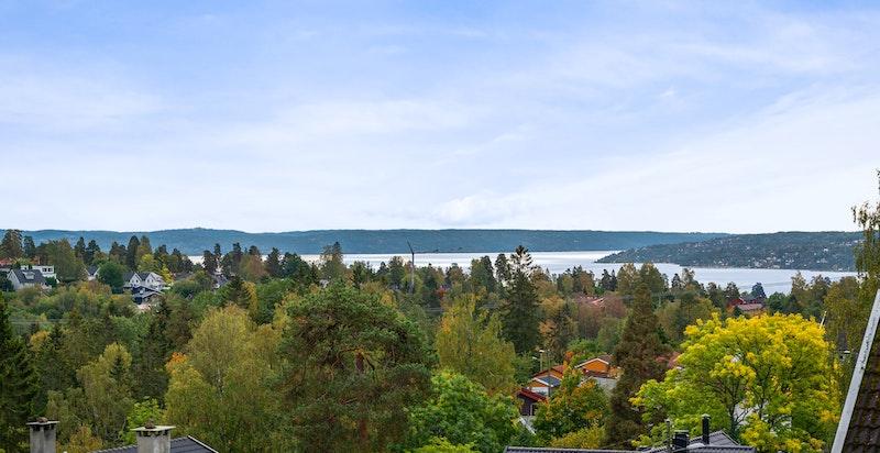 Fantastisk utsikt, bla. mot Oslofjorden