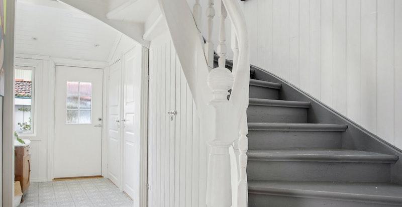 Flott original trapp opp til 2.etasjen