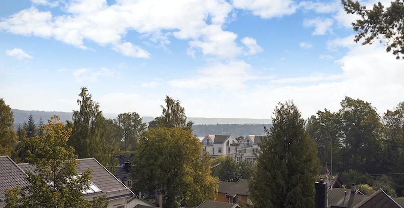 Utsikt fra boligen over Bygdøy og mot fjorden