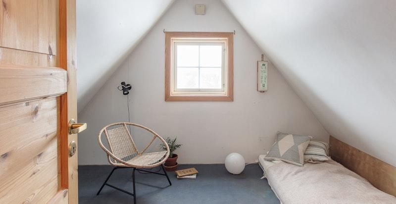 kvistrom på loftet - Ideelt som lekerom for barna