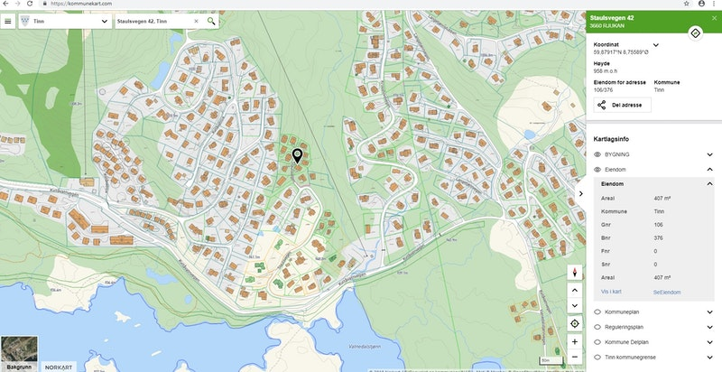 Staulsvegen 42 markert på kommunekart.com