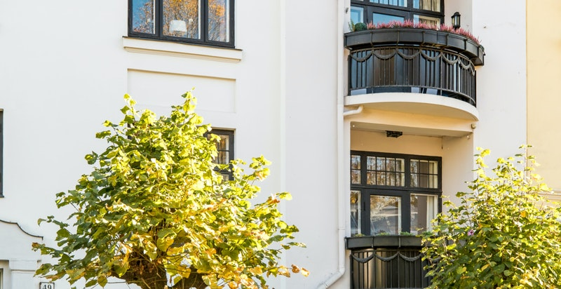 Fasade og balkong