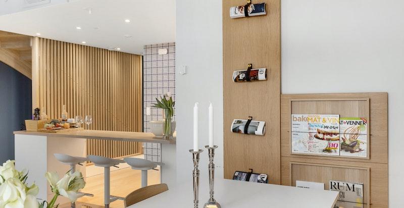 Gjennomgående nordisk preg på valg av materialer gjør dette huset svært moderne.