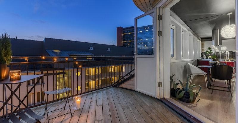 Sydvendt balkong på ca 9 kvm