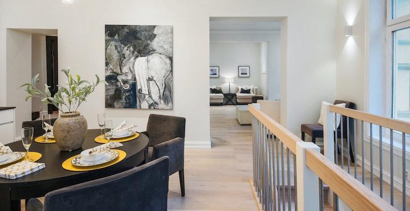 Takhøyden i hele boligen er målt til 3 meter.