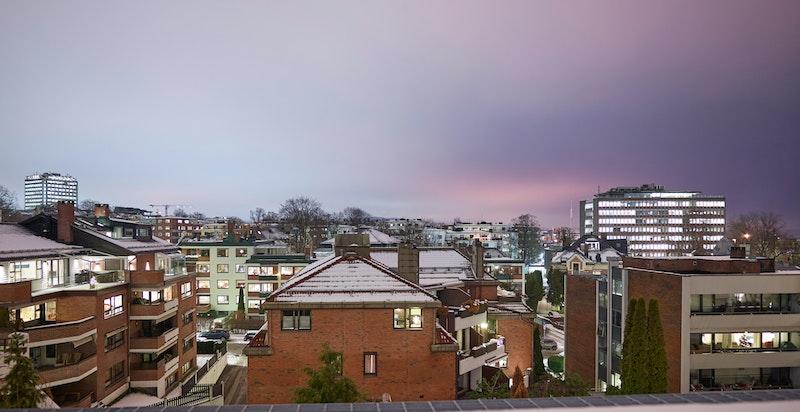 Utsikt fra terrassen mot byen