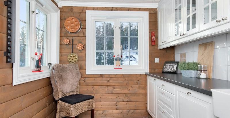 Du har plass til et lite spisebord på kjøkkenet dersom du ønsker.