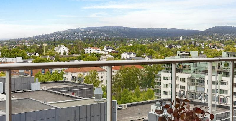 Solrik, overbygget balkong mot vest (ca 20 kvm)