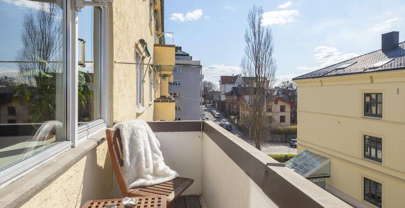 Sydvendt og solrik balkong