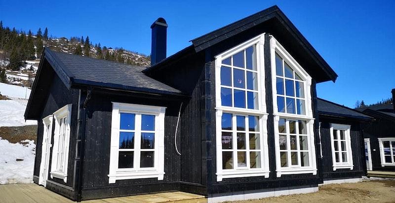 Velkommen til denne nøkkelferdige hytten Nedre Sygardsvegen 13!