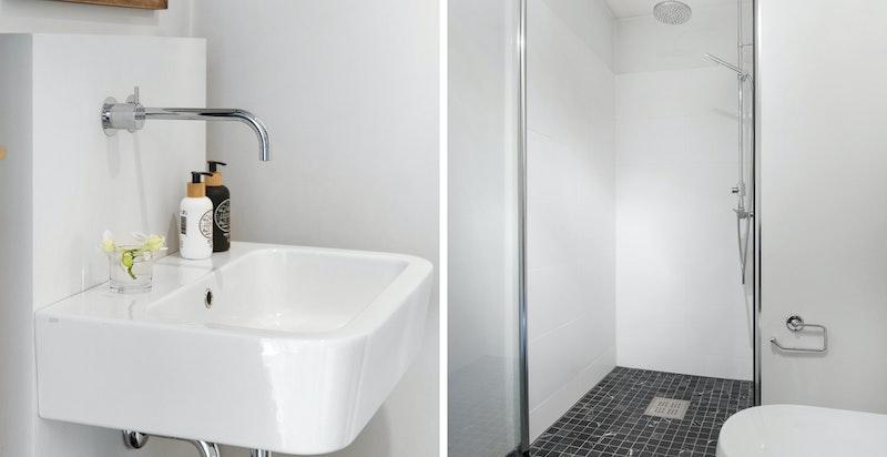 Badet er innredet med bl.a. innebygget armatur fra Vola, rainshower og vegghengt klosett