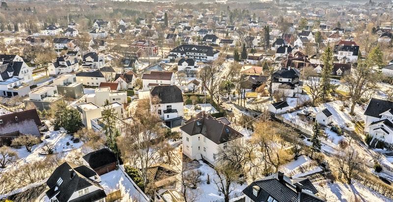 Usyn mot syd retning byen og fjorden