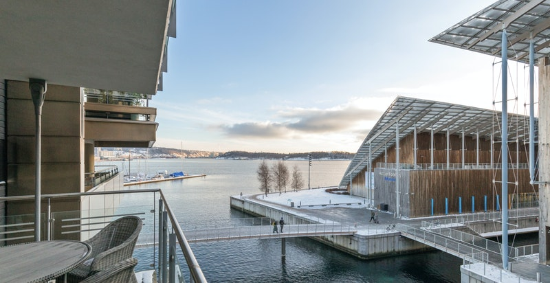 Leiligheten har meget flott beliggenhet på Tjuvholmen med sjøutsikt!