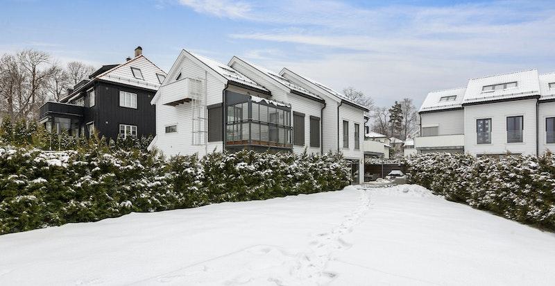 Eksklusiv bruksrett til egen hagedel på ca. 370 m²