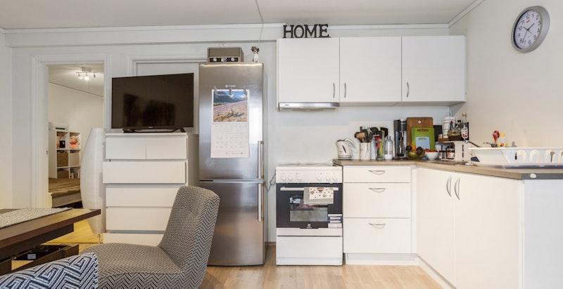 Hybeldelen inkluderer kjøkken og eget bad