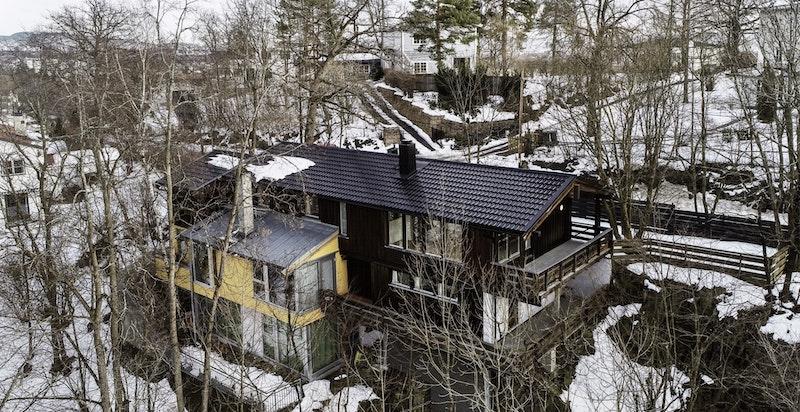 Huset sett ovenfra - tatt med drone